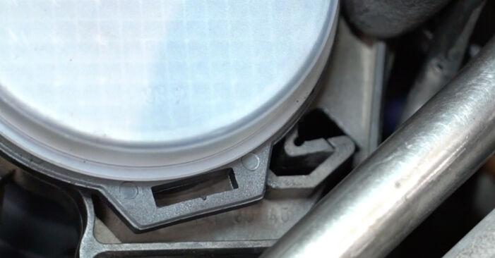 Zweckdienliche Tipps zum Austausch von Luftmassenmesser beim MERCEDES-BENZ C-Klasse Limousine (W203) C 220 CDI 2.2 (203.008) 2006
