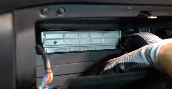 Innenraumfilter Lexus RX XU30 3.3 400h 2005 wechseln: Kostenlose Reparaturhandbücher