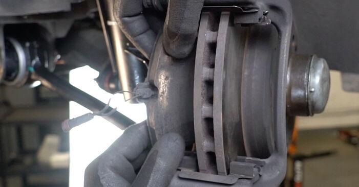 C-Klasse Limousine (W203) C 200 CDI 2.2 (203.007) 2003 C 180 1.8 Kompressor (203.046) Bremsscheiben - Handbuch zum Wechsel und der Reparatur eigenständig