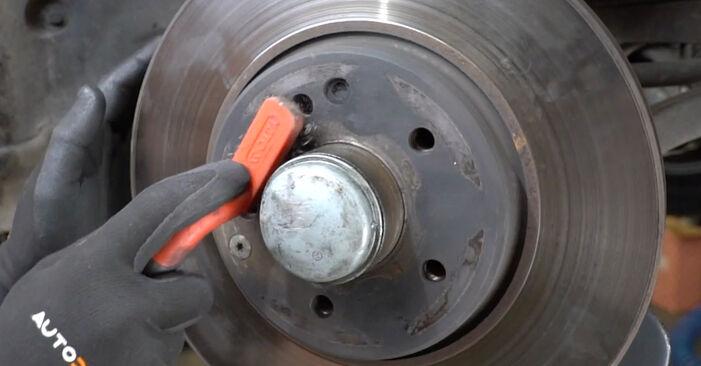 Wie Bremsscheiben Mercedes W203 C 220 CDI 2.2 (203.006) 2000 tauschen - Kostenlose PDF- und Videoanleitungen