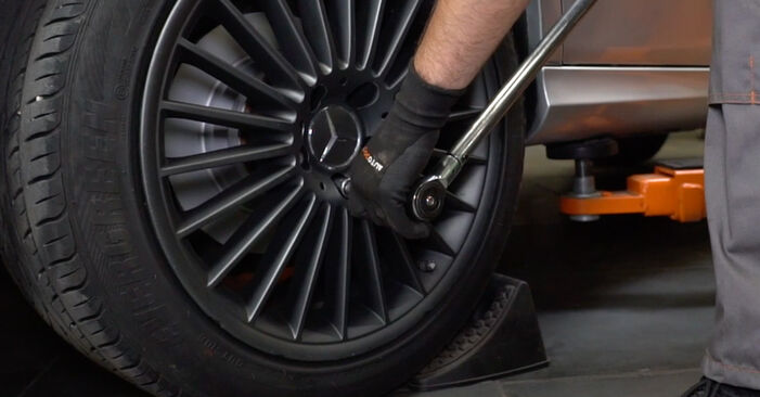 Tausch Tutorial Federn am MERCEDES-BENZ E-Klasse Limousine (W211) 2006 wechselt - Tipps und Tricks