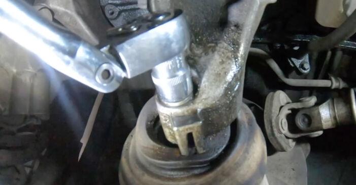 Wechseln Motorlager am MERCEDES-BENZ E-Klasse Limousine (W211) E 220 CDI 2.2 (211.008) 2005 selber