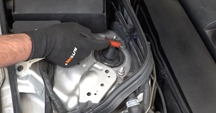 Federn Mercedes W211 E 320 CDI 3.2 (211.026) 2004 wechseln: Kostenlose Reparaturhandbücher