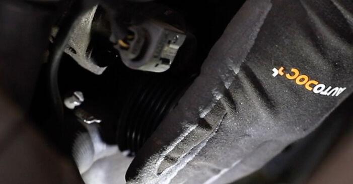 Wie lange benötigt das Auswechseln der Teile: Keilrippenriemen beim Mercedes W211 2002 - Detailliertes PDF-Tutorial