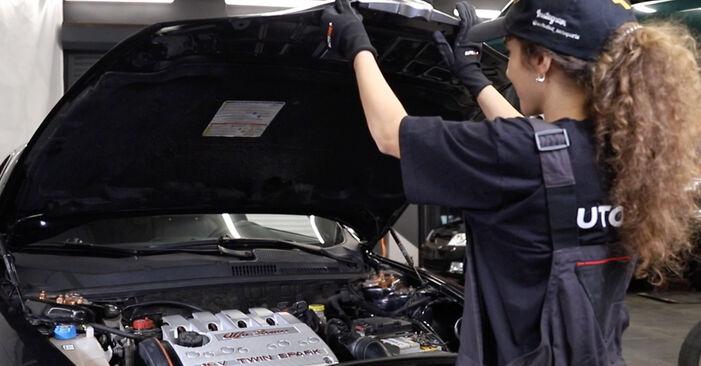 Wie Zündkerzen Alfa Romeo 147 937 1.9 JTDM 8V (937.AXD1A, 937.AXU1A, 937.BXU1A) 2000 tauschen - Kostenlose PDF- und Videoanleitungen