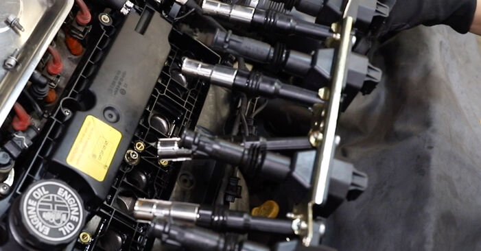 Austauschen Anleitung Zündkerzen am Alfa Romeo 147 937 2010 1.9 JTDM 8V (937.AXD1A, 937.AXU1A, 937.BXU1A) selbst