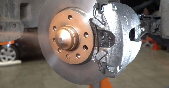 Wechseln Bremssattel am OPEL Astra H Limousine (A04) 1.8 (L69) 2003 selber