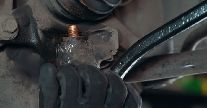 Step-by-step recommendations for DIY replacement BMW X3 E83 2007 3.0 sd Control Arm