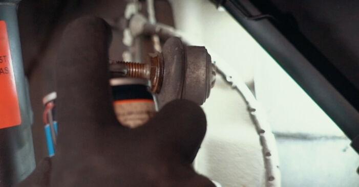 Stoßdämpfer beim BMW X3 xDrive30d 3.0 2010 selber erneuern - DIY-Manual