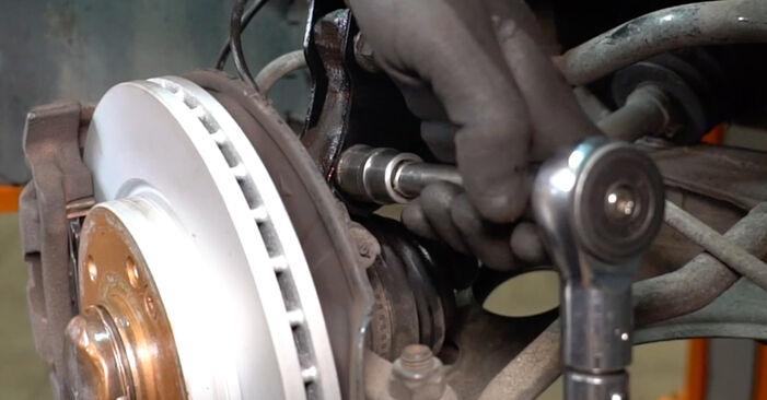 MERCEDES-BENZ A-CLASS A 190 Twin Engine Federn ausbauen: Anweisungen und Video-Tutorials online
