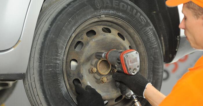 Austauschen Anleitung Bremsbeläge am Ford Focus mk2 Limousine 2015 1.6 TDCi selbst