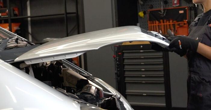 Wie Bremsbeläge Mercedes W168 A 140 1.4 (168.031, 168.131) 1997 tauschen - Kostenlose PDF- und Videoanleitungen