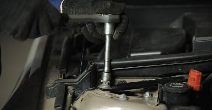 Wie Federn BMW 3 Limousine (E90) 320i 2.0 2005 austauschen - Schrittweise Handbücher und Videoanleitungen