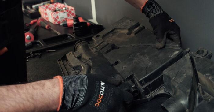 Schritt-für-Schritt-Anleitung zum selbstständigen Wechsel von Ford Fiesta Mk5 2004 ST150 2.0 Luftfilter
