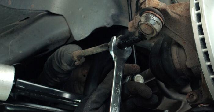 Kiek užtrunka keitimas: Ford Fiesta Mk5 2009 Skersinės vairo trauklės galas - informatyvi PDF instrukcija