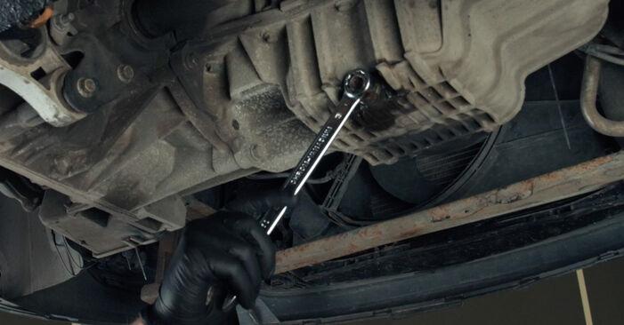 Så svårt är det att göra själv: Byt Oljefilter på Ford Fiesta Mk5 1.6 16V 2007 – ladda ned illustrerad guide