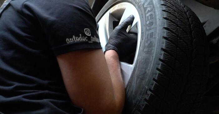 Смяна на BMW E60 525d 2.5 2003 Свързваща щанга: безплатни наръчници за ремонт
