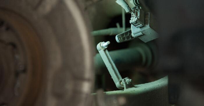 Wie schwer ist es, selbst zu reparieren: Radlager BMW E60 530i 3.0 2007 Tausch - Downloaden Sie sich illustrierte Anleitungen