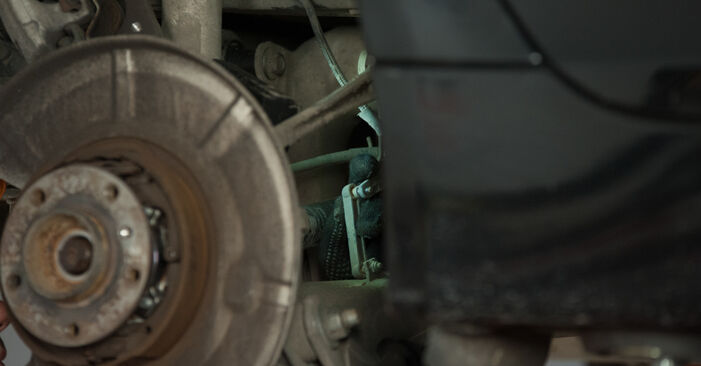 Wie Radlager BMW E60 530d 3.0 2001 tauschen - Kostenlose PDF- und Videoanleitungen