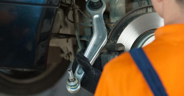 BMW 5 SERIES 525d 2.5 Amortizatoriaus Atraminis Guolis keitimas: internetiniai gidai ir vaizdo pamokos