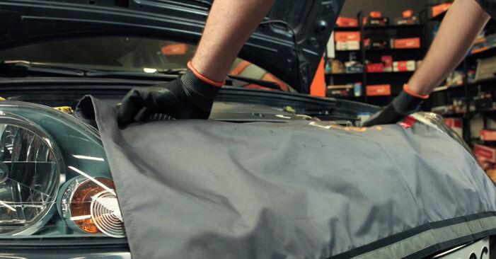 Wie Zündkerzen FORD Fiesta Mk5 Schrägheck (JH1, JD1, JH3, JD3) 1.4 16V 2002 austauschen - Schrittweise Handbücher und Videoanleitungen