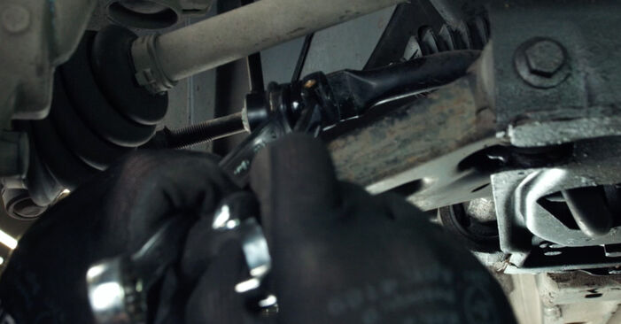 Svépomocná výměna Fiesta Mk5 Hatchback (JH1, JD1, JH3, JD3) 1.3 2005 Zkrutna tyc - online tutoriál