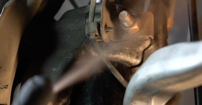 BMW 5 SERIES 523i 2.5 Stoßdämpfer ausbauen: Anweisungen und Video-Tutorials online