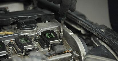 Zündkerzen am AUDI A4 (8D2, B5) 1.9 TDI quattro 1999 wechseln – Laden Sie sich PDF-Handbücher und Videoanleitungen herunter