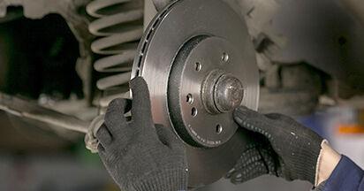 Kuinka kauan vaihtaminen kestää: Jarrulevyt W202 Mercedes 1993 -autoon - informatiivinen PDF-käsikirja