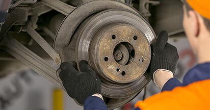 MERCEDES-BENZ C-CLASS 2000 Bremsscheiben Schrittweise Anleitungen zum Wechsel von Autoteilen