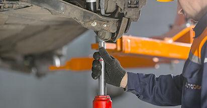 Quanto è difficile il fai da te: sostituzione Ammortizzatori su Mercedes W202 C 250 D 2.5 (202.125) 1999 - scarica la guida illustrata