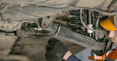 La sostituzione di Ammortizzatori su Mercedes W202 1993 non sarà un problema se segui questa guida illustrata passo-passo