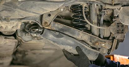 C-CLASS (W202) C 200 2.0 (202.020) 1996 C 250 2.5 Turbo Diesel (202.128) Federn - Handbuch zum Wechsel und der Reparatur eigenständig