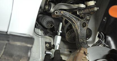 Spurstangenkopf Ihres Audi A4 B5 Limousine 1.6 1994 selbst Wechsel - Gratis Tutorial