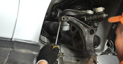 Wie schwer ist es, selbst zu reparieren: Spurstangenkopf Audi A4 B5 Limousine S4 2.7 quattro 2000 Tausch - Downloaden Sie sich illustrierte Anleitungen