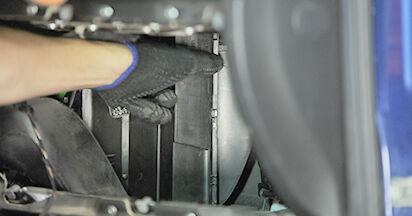 Innenraumfilter Ihres Opel Astra g f48 1.6 16V (F08, F48) 2006 selbst Wechsel - Gratis Tutorial