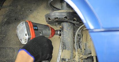 Wie schwer ist es, selbst zu reparieren: Koppelstange Opel Astra g f48 2.0 DI (F08, F48) 2004 Tausch - Downloaden Sie sich illustrierte Anleitungen