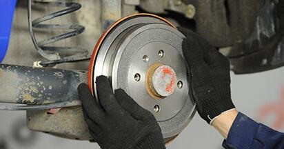 Wie VW LUPO 1.4 TDI 2002 Bremstrommel ausbauen - Einfach zu verstehende Anleitungen online
