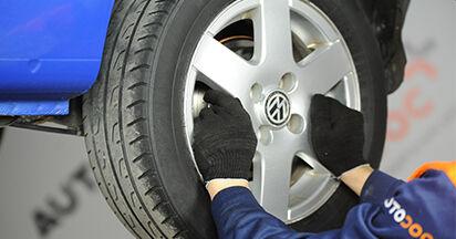 Wie schwer ist es, selbst zu reparieren: Bremstrommel VW Lupo 6x1 1.6 GTI 2004 Tausch - Downloaden Sie sich illustrierte Anleitungen
