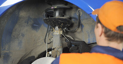 VW Lupo 6x1 1.0 2000 Ammortizzatori sostituzione: manuali dell'autofficina