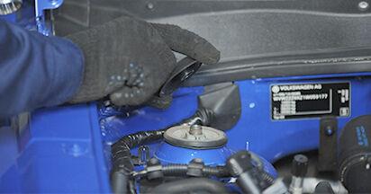 Quanto è difficile il fai da te: sostituzione Ammortizzatori su VW Lupo 6x1 1.6 GTI 2004 - scarica la guida illustrata