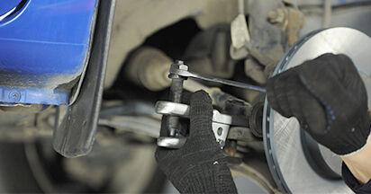Wie VW LUPO 1.4 TDI 2002 Spurstangenkopf ausbauen - Einfach zu verstehende Anleitungen online