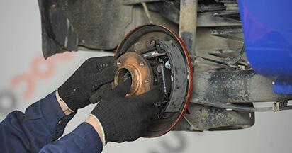 Wie schwer ist es, selbst zu reparieren: Radnabe VW Lupo 6x1 1.6 GTI 2004 Tausch - Downloaden Sie sich illustrierte Anleitungen