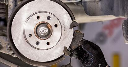 Wie schwer ist es, selbst zu reparieren: Bremsbeläge CITROËN C3 I (FC_) 1.4 i Bivalent 2008 Tausch - Downloaden Sie sich illustrierte Anleitungen