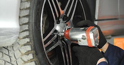Consigli passo-passo per la sostituzione del fai da te Mercedes W211 2007 E 280 CDI 3.0 (211.020) Biellette Barra Stabilizzatrice