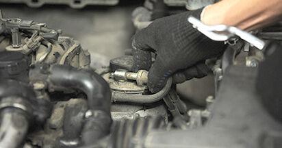 Kraftstofffilter Ford Focus 2 da 1.8 Flexifuel 2006 wechseln: Kostenlose Reparaturhandbücher