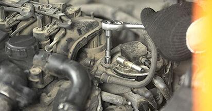 Kraftstofffilter Ihres Ford Focus 2 da 2.0 LPG 2012 selbst Wechsel - Gratis Tutorial
