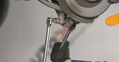 Cómo quitar Amortiguadores en un PEUGEOT 407 2.0 HDi 2008 - instrucciones online fáciles de seguir