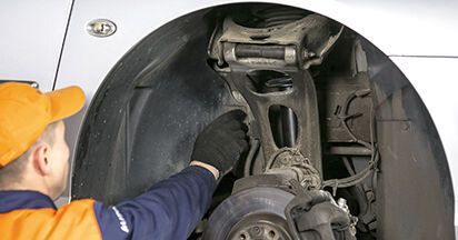 Combien de temps dure le remplacement : Amortisseurs sur Peugeot 407 Berline 2004 - manuel PDF informatif