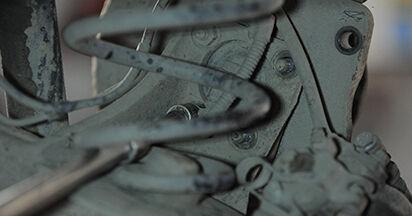 Radlager beim OPEL ASTRA 1.6 (L48) 2011 selber erneuern - DIY-Manual